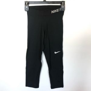 Nike Pro Black Capri Leggings